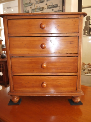 Rare cedar chest of drawers, 6 drawer, Australian, 1880's, French polished